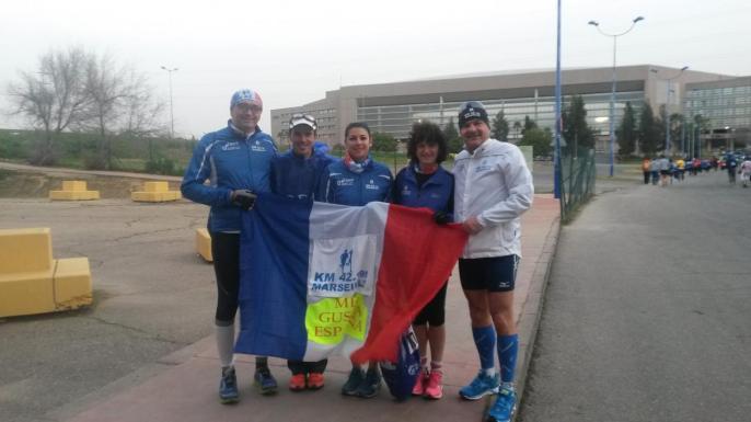 Séville avant depart devant le stade olympique
