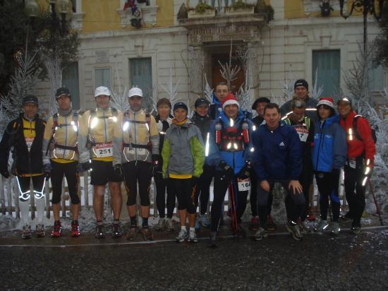TRAIL DE NOEL 2008 (Ollioules) avec les copains d'Endurance 13