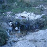 La source des eaux vives coule toujours
