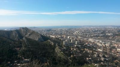 Marseille vus de la croix de st marcel